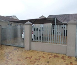 R 1,100,000 - 2 Bed Property For Sale in De Tuin