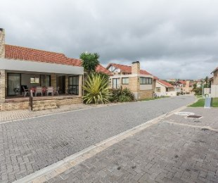 R 1,565,000 - 3 Bed Property For Sale in Seemeeu Park