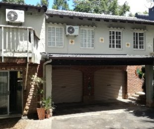 R 1,899,000 - 6 Bed House For Sale in Yellowwood Park