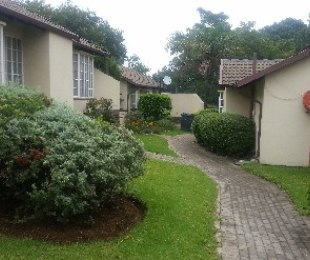 R 430,000 - 1 Bed Property For Sale in Ormonde