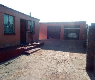 R 290,000 - 2 Bed Property For Sale in Greenfields