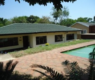 R 1,290,000 - 3 Bed House For Sale in Yellowwood Park