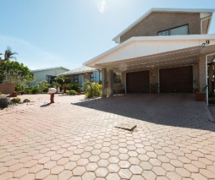 R 2,880,000 - 4 Bed House For Sale in Hartenbos