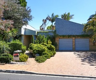 R 3,150,000 - 4 Bed Home For Sale in Sonstraal