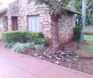 R 970,000 - 3 Bed Property For Sale in Chantelle