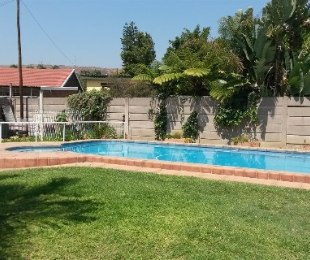 R 1,340,000 - 3 Bed House For Sale in Dorandia
