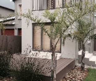 R 16,500 - 3 Bed Property To Rent in Eagle Canyon Golf Estate