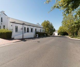 R 18,000 - 2 Bed Commercial Property To Rent in Kenridge