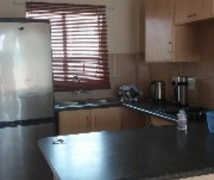 R 440,000 - 2 Bed Apartment For Sale in Akasia