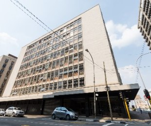 R 650,000 - 2 Bed Flat For Sale in Marshalltown