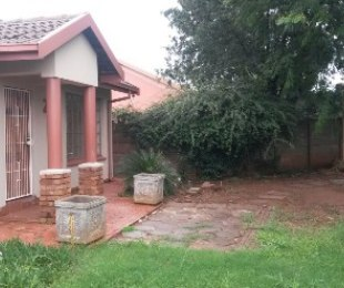 R 7,500 -  House To Rent in Heatherdale