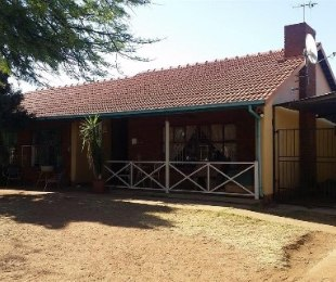R 9,900 - 4 Bed Home To Rent in Montana Gardens