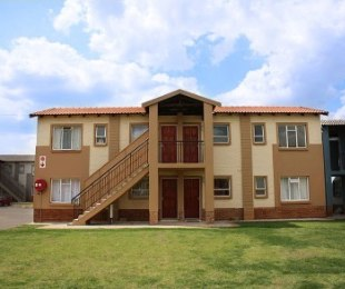 R 3,850 - 2 Bed Property To Rent in Protea Glen