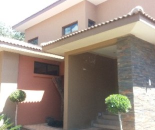 R 2,900,000 - 4 Bed Property For Sale in Ninapark