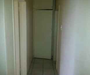 R 2,800 - 2 Bed Flat To Rent in Turffontein