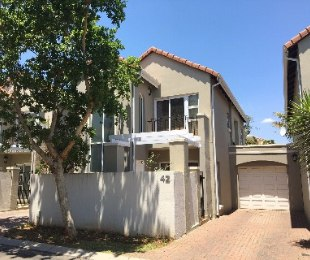 R 14,500 - 3 Bed Property To Rent in Eagle Canyon Golf Estate