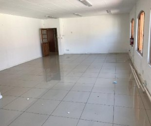 R 9,999 -  Commercial Property To Rent in Norwood