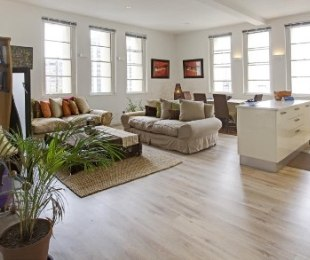 R 3,250,000 - 1 Bed Flat For Sale in Cape Town - City Bowl
