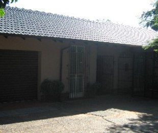 R 1,080,000 - 3 Bed Property For Sale in Florauna