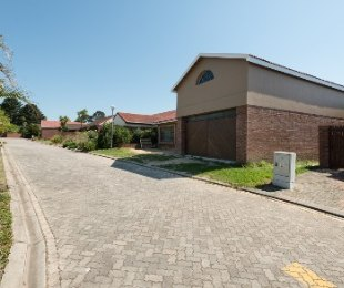 R 1,600,000 - 3 Bed Home For Sale in Glenwood