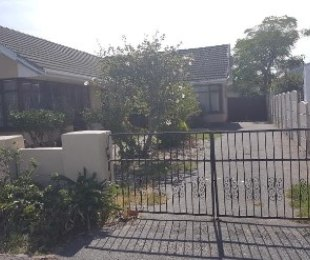 R 980,000 - 3 Bed Property For Sale in Bellville South