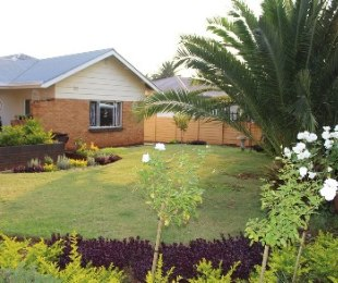 R 1,380,000 - 4 Bed House For Sale in Valhalla
