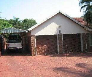 R 1,885,000 - 4 Bed Property For Sale in Florauna