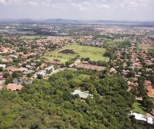 R 1,200,000 -  Land For Sale in Montana Park