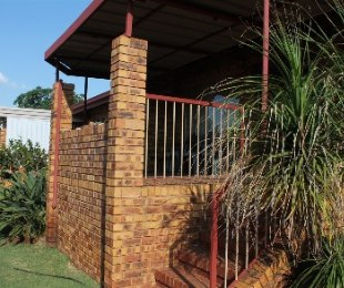 R 750,000 - 2 Bed Property For Sale in Amandasig