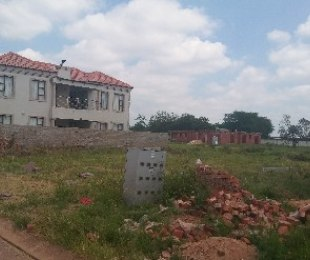 R 265,000 -  Plot For Sale in The Orchards