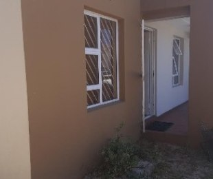 R 430,000 - 2 Bed House For Sale in Blue Downs