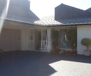 R 3,195,000 - 3 Bed Home For Sale in Rosendal