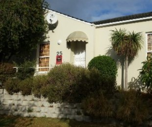R 2,950,000 - 3 Bed Home For Sale in Plumstead