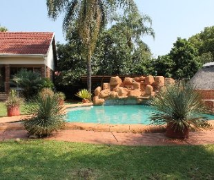 R 1,750,000 - 3 Bed House For Sale in Florauna