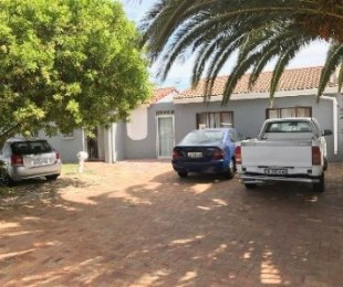R 1,799,000 - 3 Bed Home For Sale in Bothasig