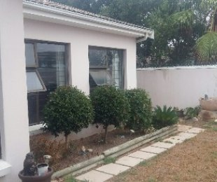 R 2,350,000 - 4 Bed House For Sale in Vredekloof