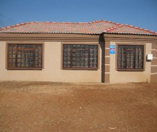 R 648,521 - 3 Bed House For Sale in Modderbee