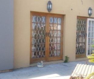 R 1,895,000 - 3 Bed House For Sale in Wetton