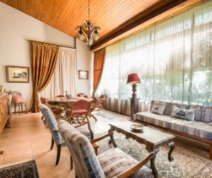 R 2,500,000 - 4 Bed House For Sale in Linkside