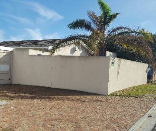 R 1,795,000 - 3 Bed Home For Sale in Bothasig