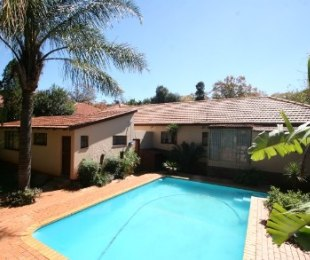 R 1,750,000 - 4 Bed Home For Sale in Cyrildene