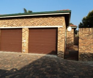 R 7,600 - 2 Bed Property To Rent in Weltevreden Park