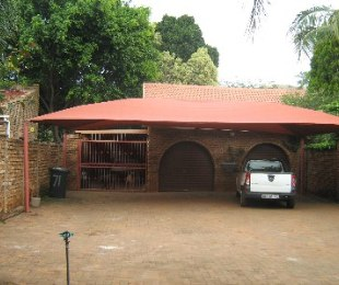R 1,640,000 - 3 Bed Home For Sale in Ninapark