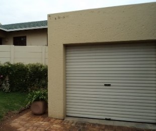 R 6,800 - 2 Bed Property To Rent in Wilro Park