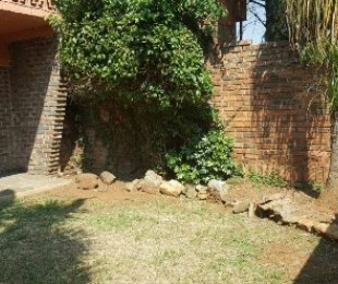 R 380,000 - 1 Bed Flat For Sale in Windsor East