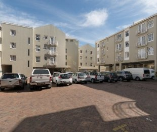 R 2,700,000 - 2 Bed Apartment For Sale in Stellenbosch Central