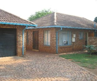 R 820,000 - 3 Bed Property For Sale in The Orchards