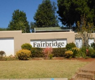 R 4,850 - 2 Bed Property To Let in Fairland