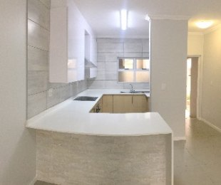 R 1,650,000 - 2 Bed Flat For Sale in Eagle Canyon Golf Estate