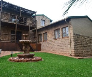 R 1,530,000 - 4 Bed House For Sale in Roodekrans